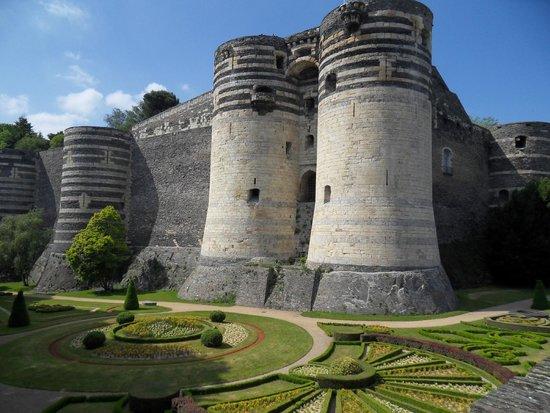 Mercure Angers Centre Gare : Beautiful Castle