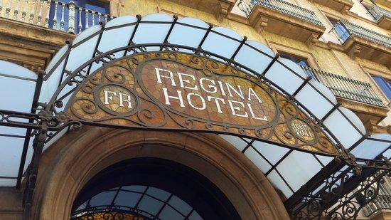 Hotel Regina Barcelona: отель