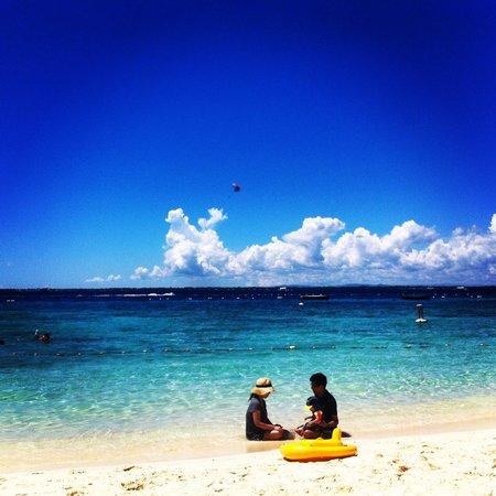 Shangri-La's Mactan Resort & Spa: Pristine beach ba?