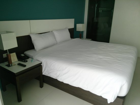 Chanalai Hillside Resort : Comfy Double Bed