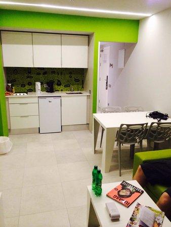 Ryans Ibiza Apartments: Kitchen