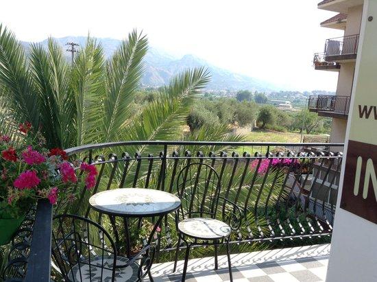 Ciuscia affittacamere : Veduta zona Taormina