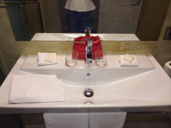 Ushuaia Ibiza Beach Hotel: Bathroom