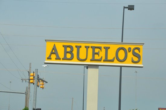 Abuelo's: Signage out front