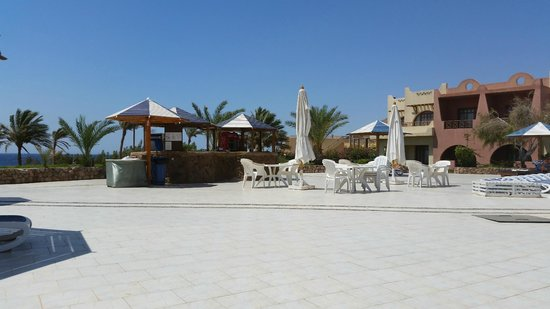 Tropitel Dahab Oasis: The Pool Bar