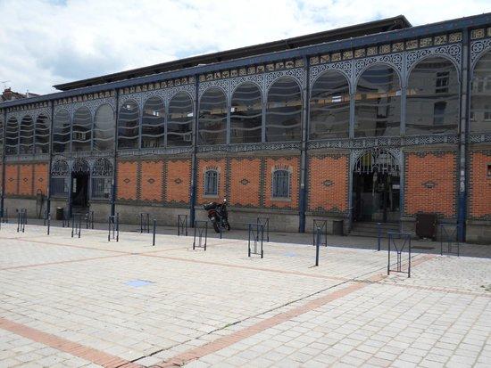 Mercure Limoges Royal Limousin Hotel: Local indoor market ?