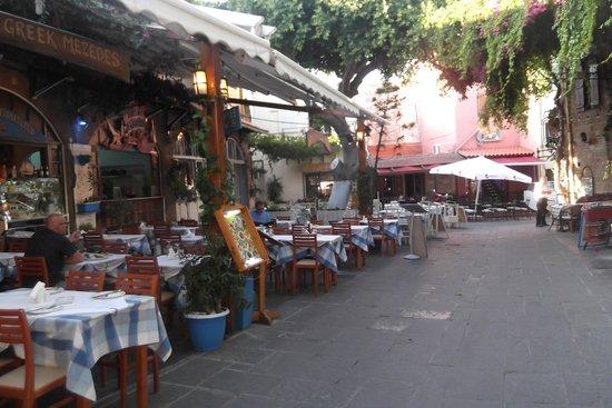 Oceanis Hotel: Rhodes old town