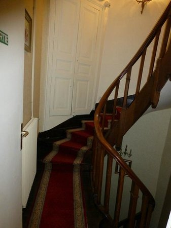 Hotel Le Plantagenet : Stairs