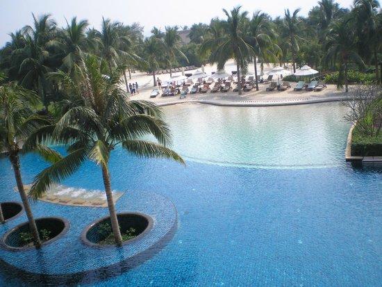 Banyan Tree Sanya: pool