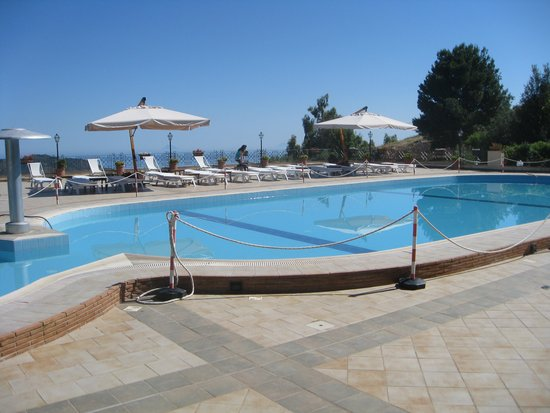 Relais Santa Anastasia : het zwembad