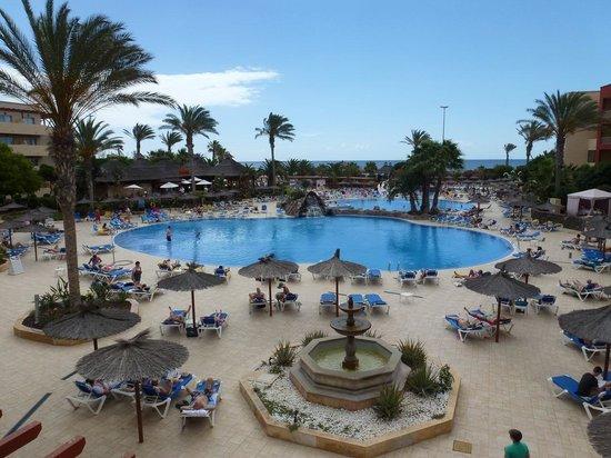 Hotel Elba Carlota : Pools