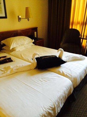 Olive Tree Hotel: La favola dei nostri due cigni
