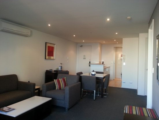 Meriton Serviced Apartments - Broadbeach: Everything you need and more