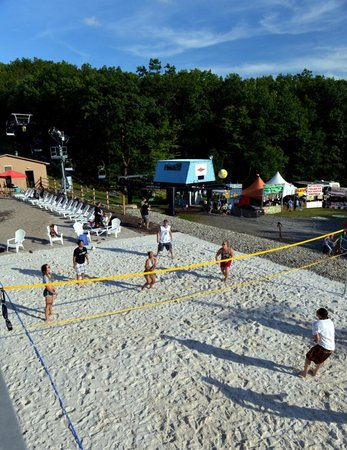 Montage Mountain: Beach Volleyball Court