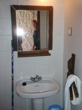 Alberdini Hotel Rural: Bathroom
