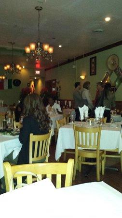 El Barzon: Dining Room
