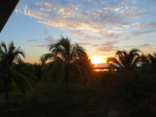 Cayo Libertad Hotel : Sonnenaufgang, Blick aus dem Zimmer