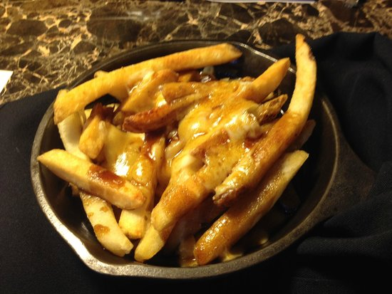 Fairmont Chateau Lake Louise: Poutine...you have to try it...YUM