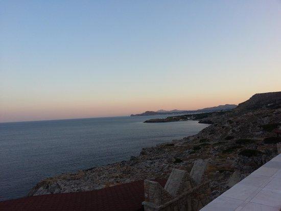Kalithea Horizon Royal: Sunset whilst having dinner