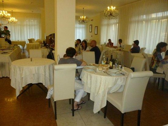Hotel Plaza : la sala da pranzo
