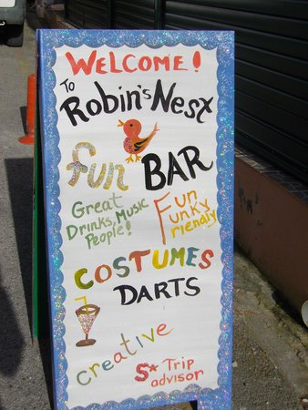 Robin's Nest Bar : Another Sign