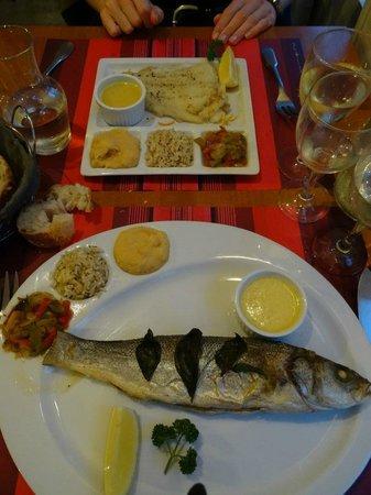 Le Bistrot d'a Côté : Bar grillé et poisson à la plancha