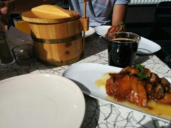 Restaurang Hongkist AB: Duck