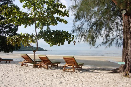 Telunas Resorts - Telunas Beach Resort: The secluded beach