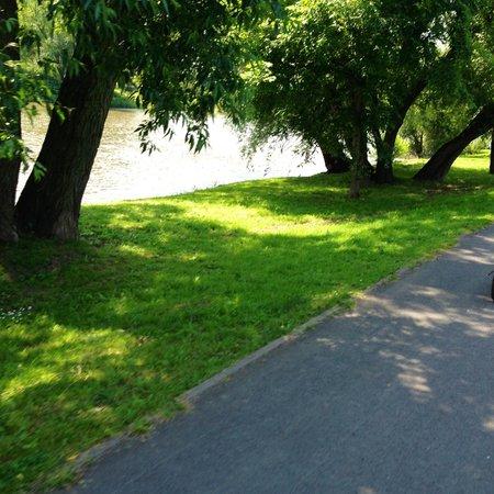 Praha Bike -  Bicycle Tours & Rentals : Riding to Karlstejn Castle on Bicycle