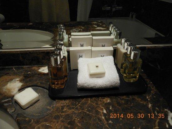 Millennium Gloucester Hotel London Kensington: アメニティは豊富ですが品質を気にする方は持参された方が良いです