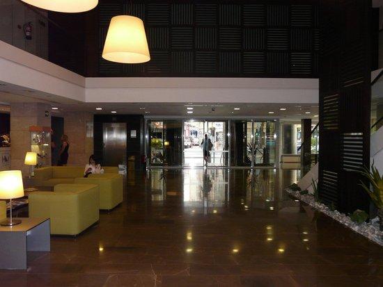 Eurostars Lucentum: Eingangsbereich