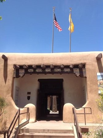New Mexico Museum of Art: Front entrance
