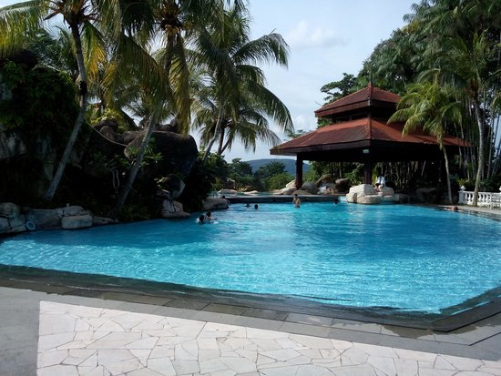 Pulai Springs Resort: Pool at Clubhouse