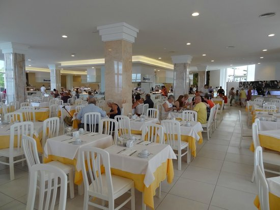 Iberostar Bouganville Playa: restaurant