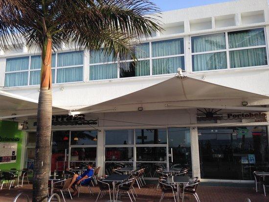 Portobelo Beach: Fachada