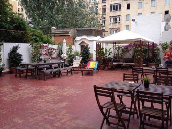 Rodamon Barcelona Hostel : Terrasse