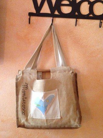 Albergo Marina: La sacca con teli per la spiaggia messa a disposizione dell'hotel!
