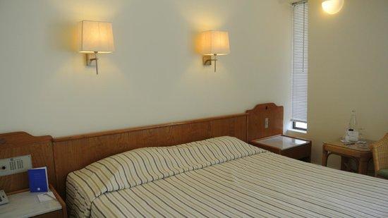 Agapi Beach Hotel : люкс в бунгало