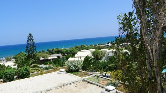Agapi Beach Hotel: вид на море