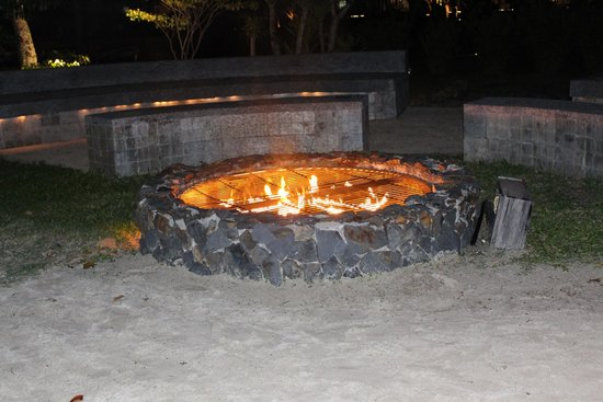 The Danna Langkawi, Malaysia: The fire pit next to our dinner table.