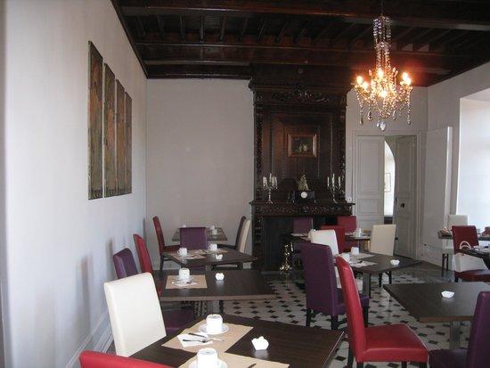 Hotel Restaurant Chateau de Creissels: ontbijtzaal (kan bij warmer weer ook buiten)
