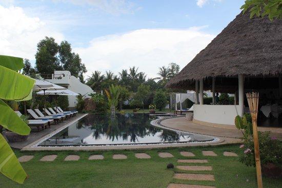 Navutu Dreams Resort & Wellness Retreat : En af de flotte pools