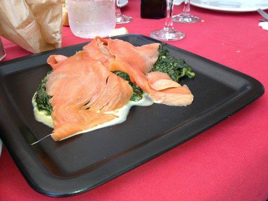 Mediterraneo Ristorante : Salmone e spinaci :D