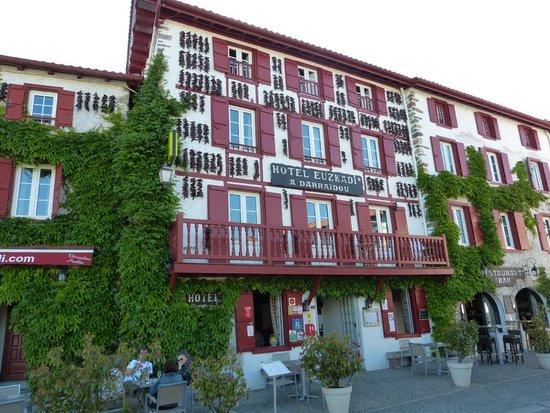 Restaurant Euzkadi : L'hotel Restaurant Euskadi à Espelette