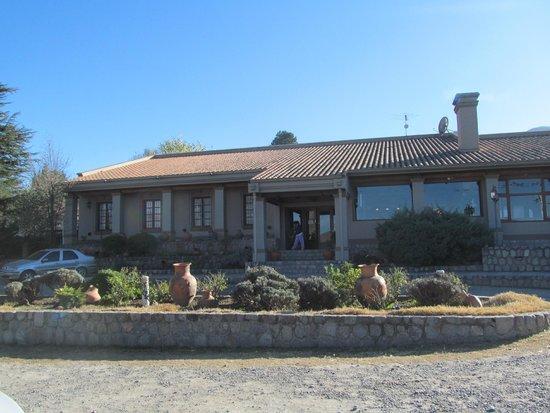 Hosteria Lunahuana : Frente de la hosteria