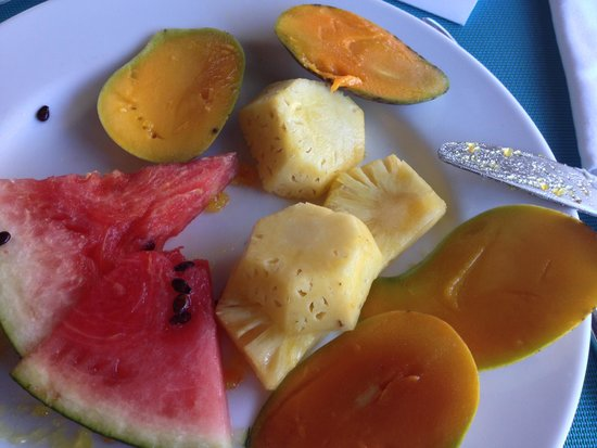 Merville Beach Hotel: breakfast