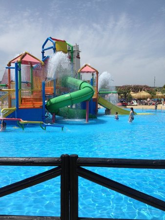 Aquopolis: younger childrens activity.