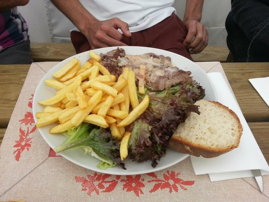Auberge Le Petit Mas: steak frites
