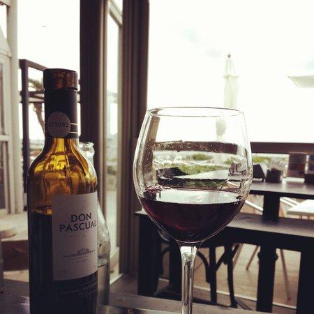 Boca Chica Puerto: Vinho Don Pascal,  excelente pedida.