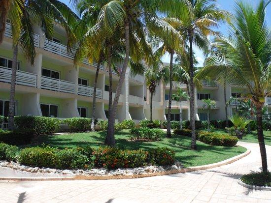 Hotel Sol Cayo Coco Building